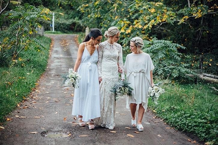 http://hellomay.com.au/article/rach-cole-rue-de-seine-bridal-gown-real-wedding/